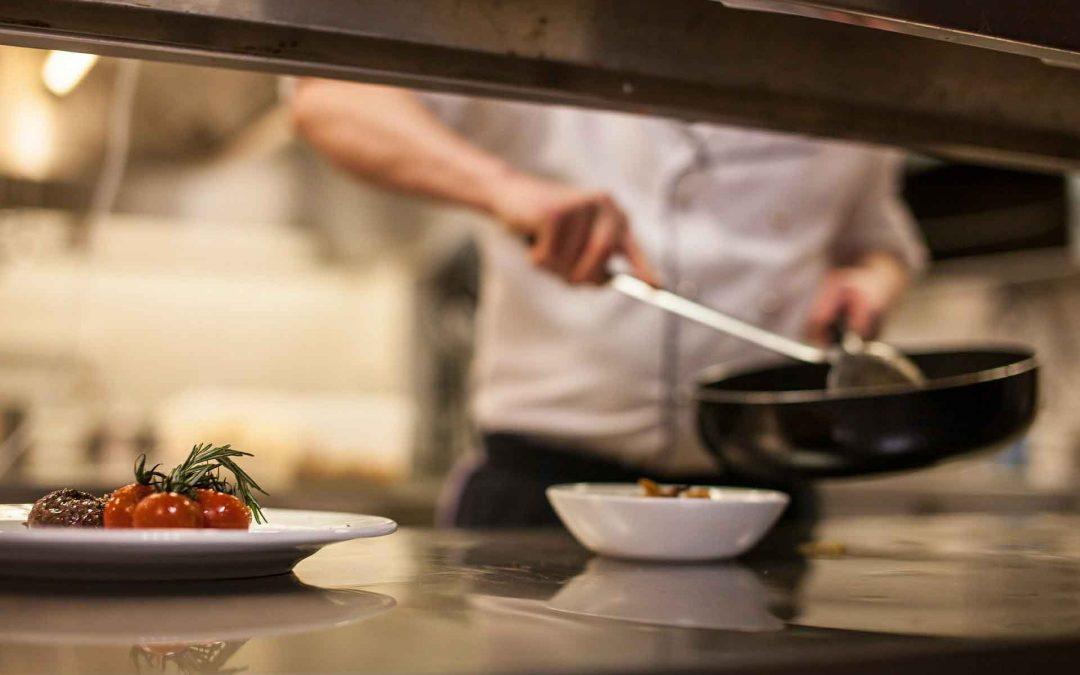 Certificado de profesionalidad HOTR0208: Operacións básicas de restaurante-bar